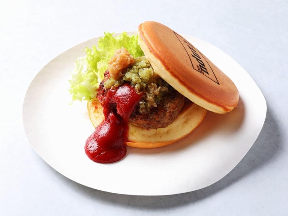 仙台牛のTUYAPANバーガー